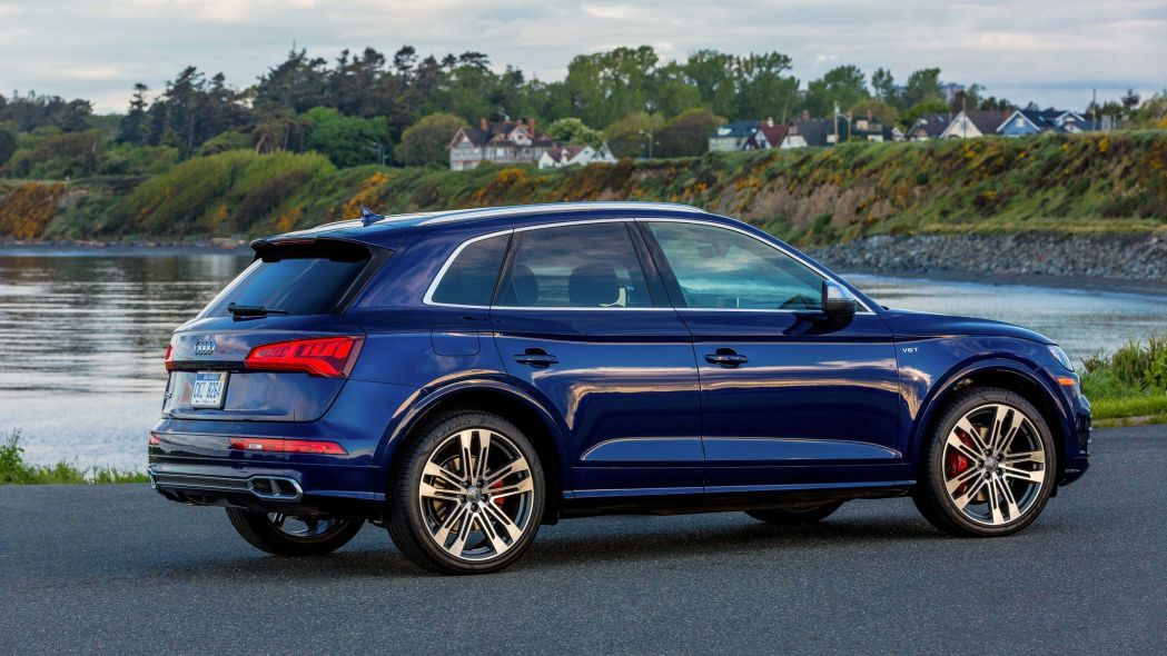 Audi Q5 Crossover E Tron Phev Version Will Have Greater Electric Range Audi Q5 Sq5 Audi