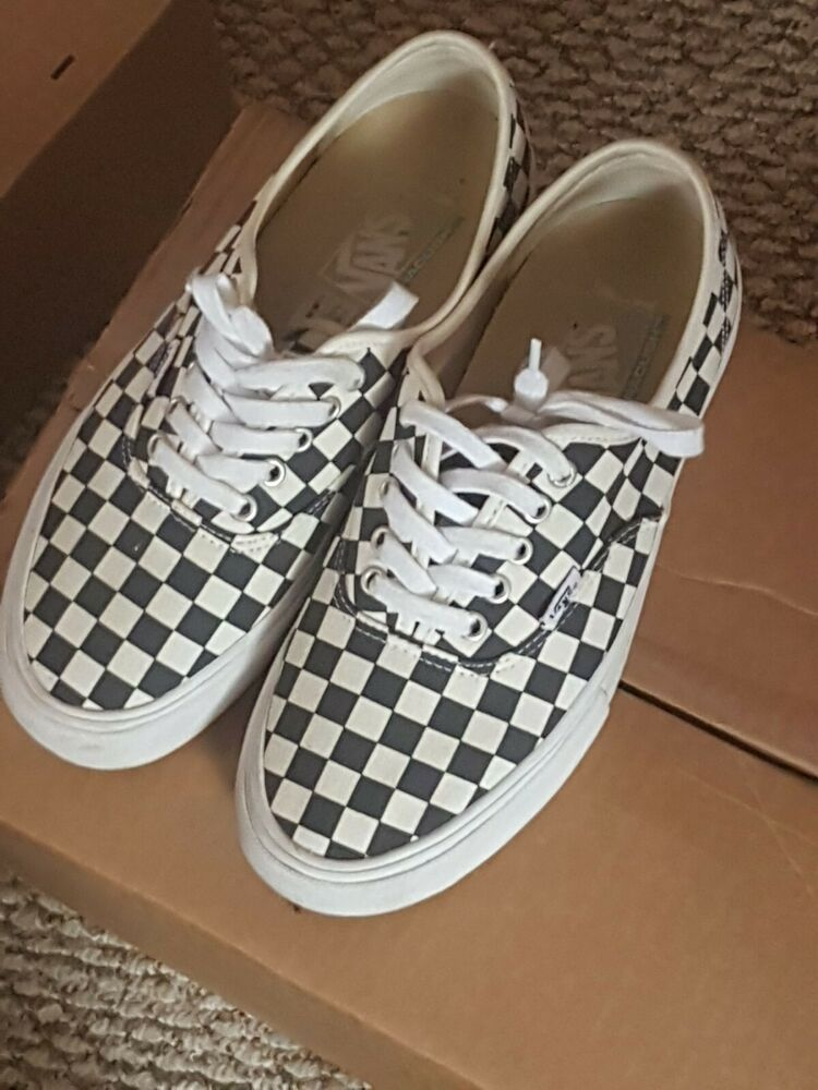 buy \u003e vans with checkered laces, Up to
