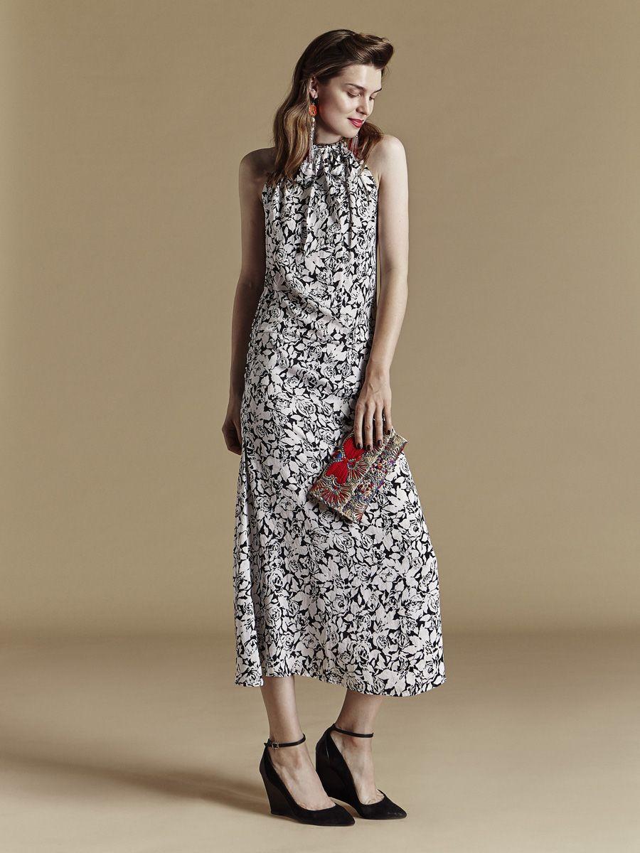 b3c187ab2d620 Look et accessoirede fête reveillon chic et glamour - Robe de soirée  fourreau imprimé fleur noire
