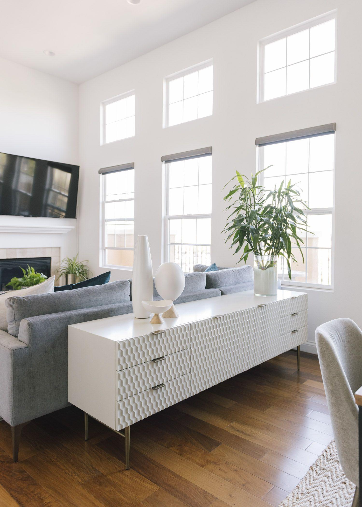 Living Room Condo Design: A Los Angeles Condo With 16-Foot Ceilings