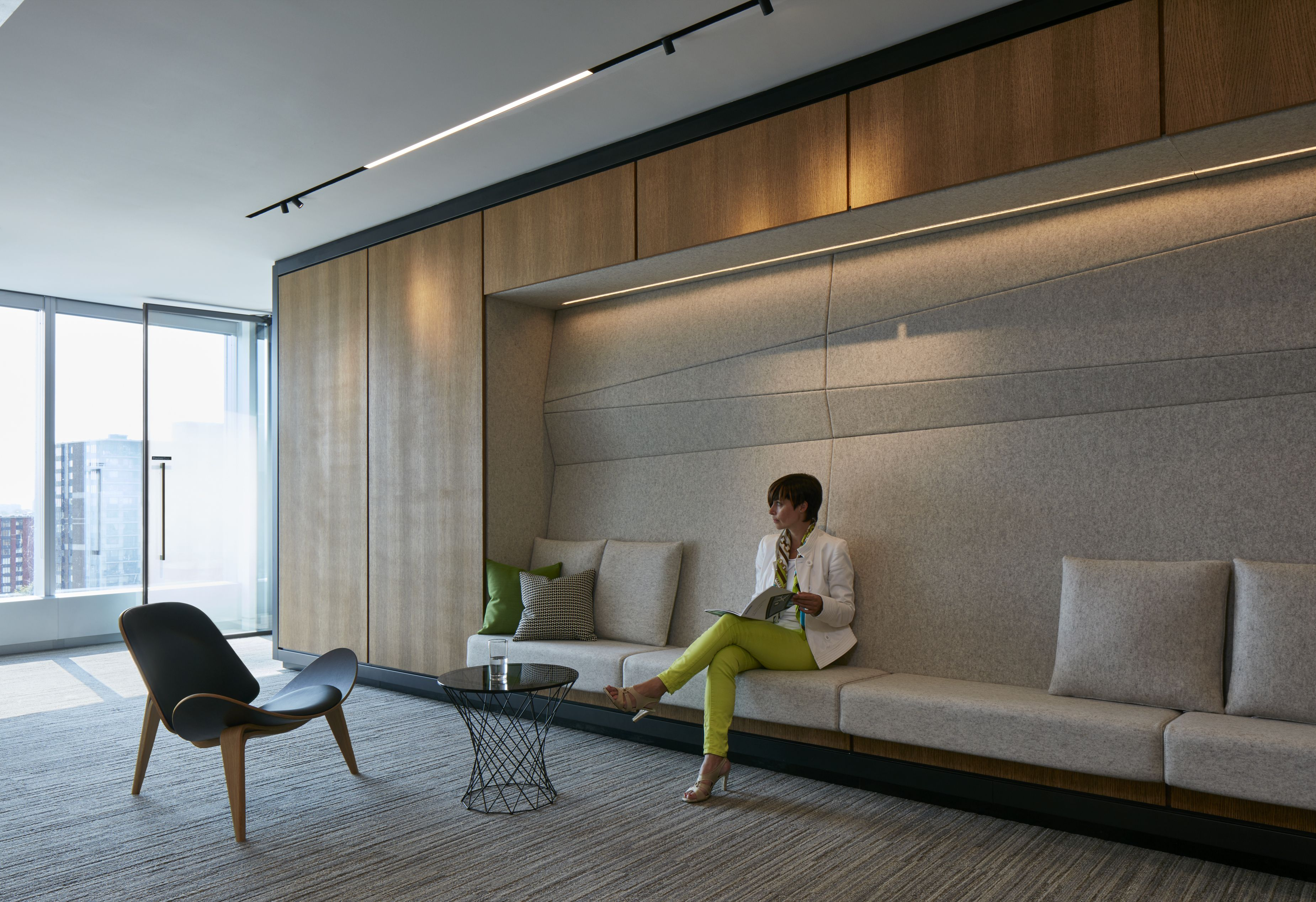 Check Out The Deloitte Office In Montreal Office Remodel