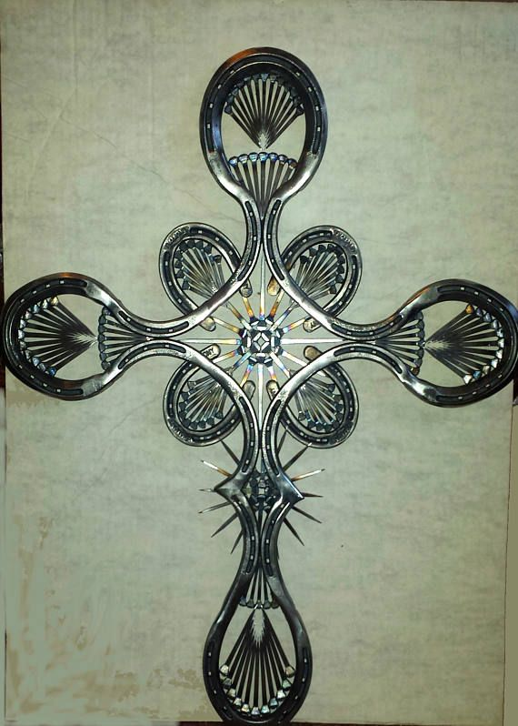This Horseshoe Cross Makes A Great Wall Hanging It Is Made From 5