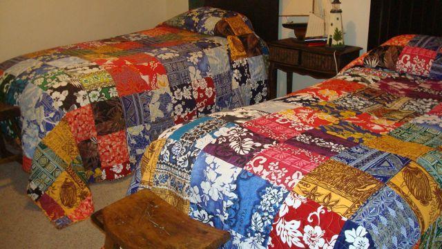 Hawaiian patchwork quilts