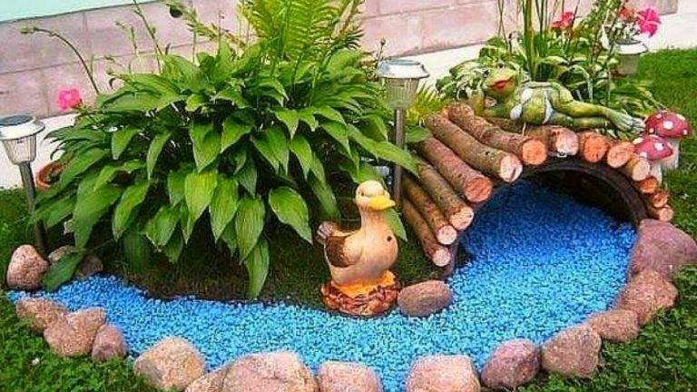 10 Creative And Unique Small Garden Decor Ideas Simphome Small Garden Design Garden Design Fairy Garden Diy