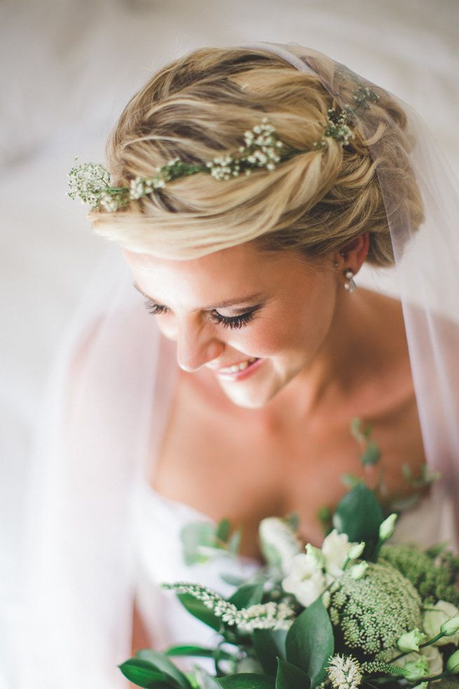 Babys breath in hair - so pretty! See the Earthy South African Wedding by Illuminate Photography here.