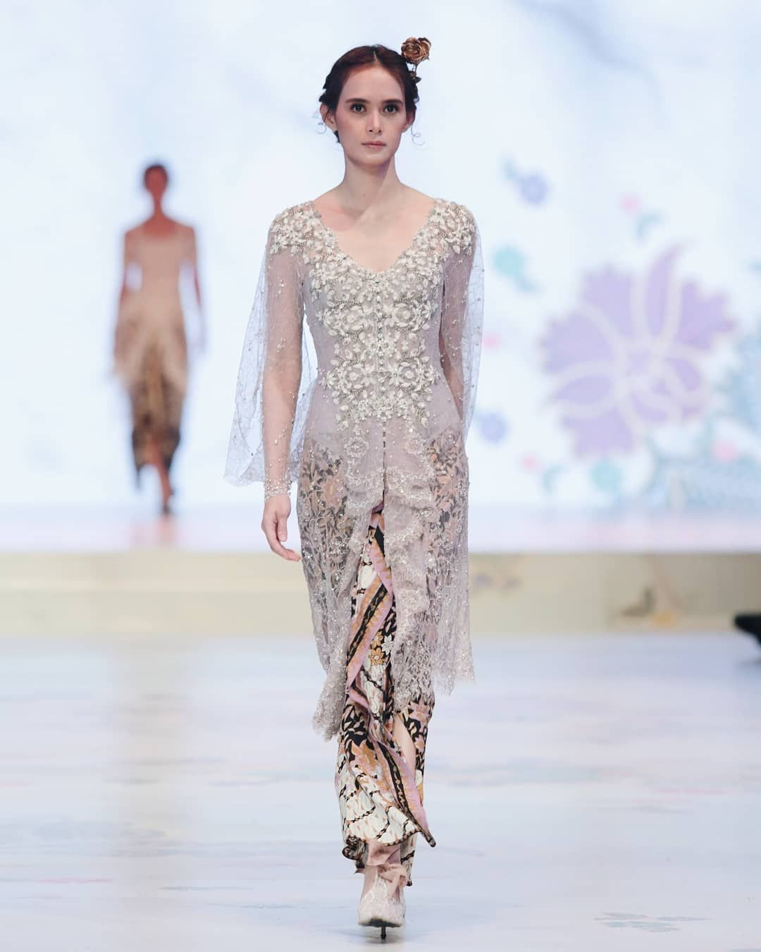 """Photo of Eddy Betty on Instagram: """"V-Shaped Lilac dashed Kebaya with detailed embroideries  Kinasih by…"""