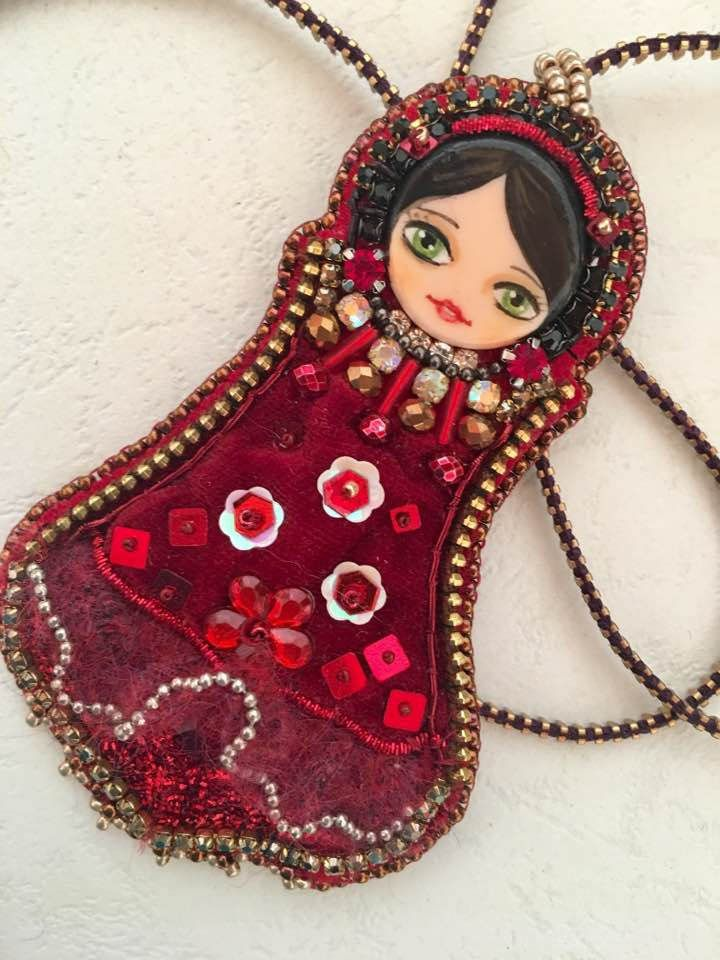 OOAK / Art doll /Velvet  Matryoshka doll/ Handmade embroidery pendant / Matryoshka pendant di Fantasiria su Etsy