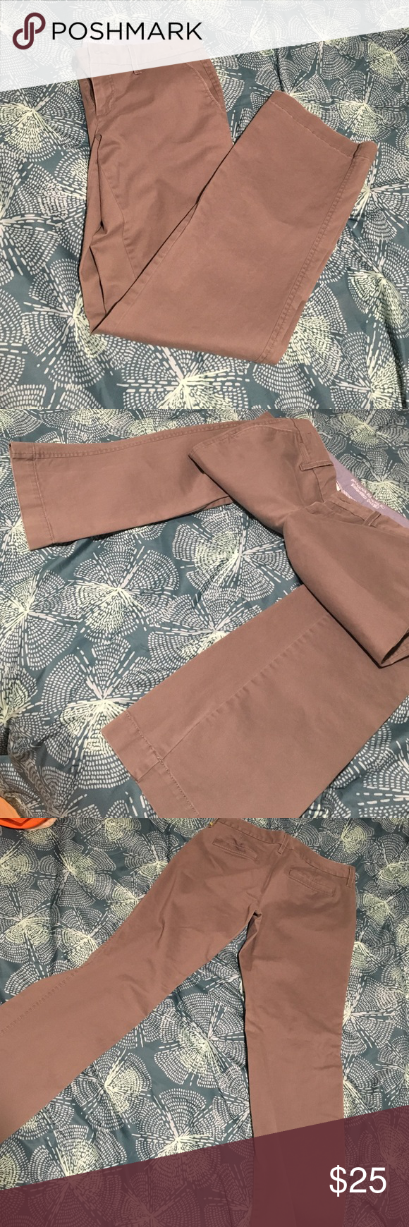 Banana Republic Weekend Chino Pants These casual/dress pants are perfect for your workplace or to wear to classes. They are made of soft fabric that's a brownish gray color. A tiny bit of wear is staring to show on the seam of the edge of the front pockets but it's hardly noticeable. They're in great shape otherwise! Banana Republic Pants Trousers