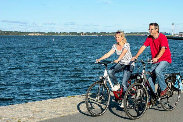 Den Müritz Radweg - Seenradweg auf dem Fahrrad erleben