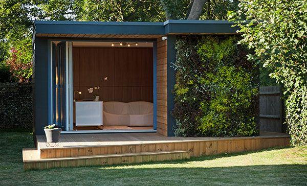 eden caseta con jardn vertical construidas con estructura de madera sostenible que
