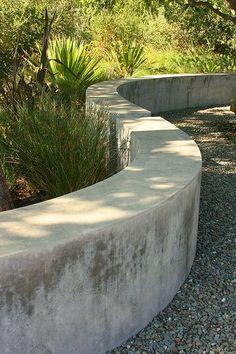Image Result For Stucco Raised Bed Along Block Walls Garden Retaining Wall Concrete Garden Concrete Retaining Walls