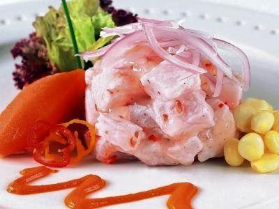 El Cebiche, considerado como la primera maravillagastronómica del Perú, es una comida completa gracias al extraordinarioaporte deproteína...