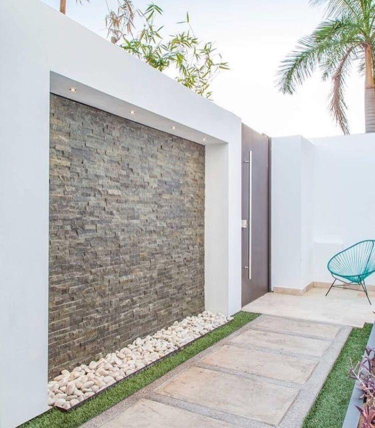 11 Fachadas de casas con jardineras al frente