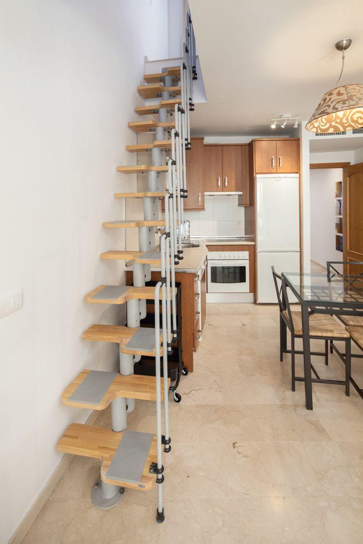 Beau Escalera Ideal Para Apartamento Pequeño De 2 Plantas