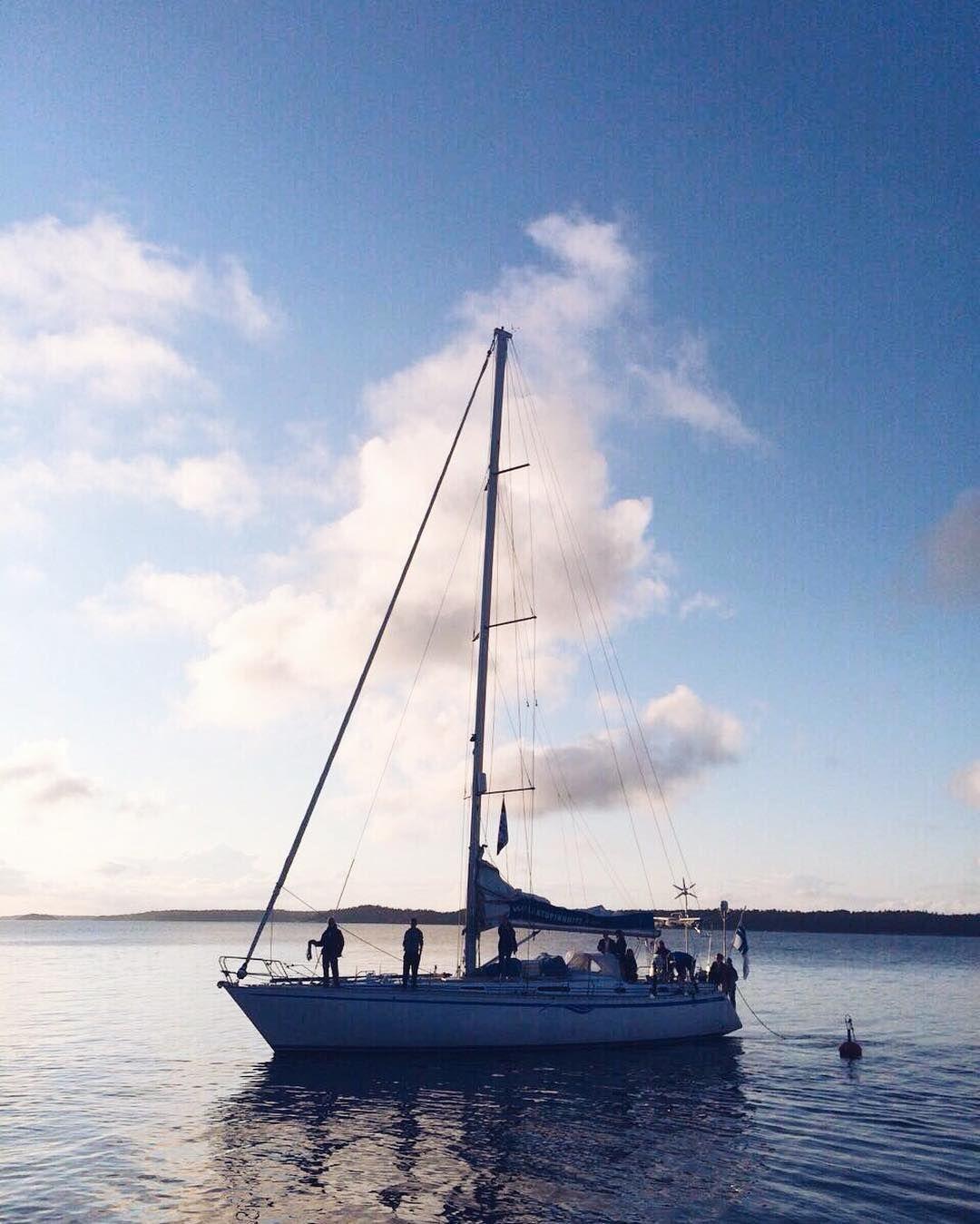 Ihan kohta päästään taas nauttiin saariston herkuista  #archipelago #tuomistonkenneli #tb #nagu #sailboat #kyytimintti by lauraleonne