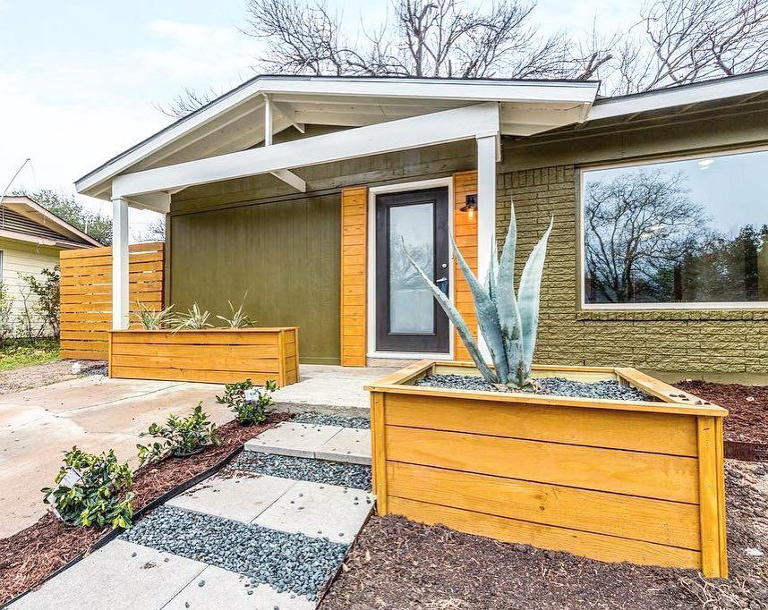 •love the home•love the area• and she's SOLD!💚 this super