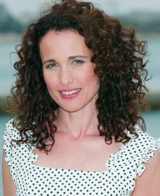 Is Andie Macdowell S Hair Naturally Curly