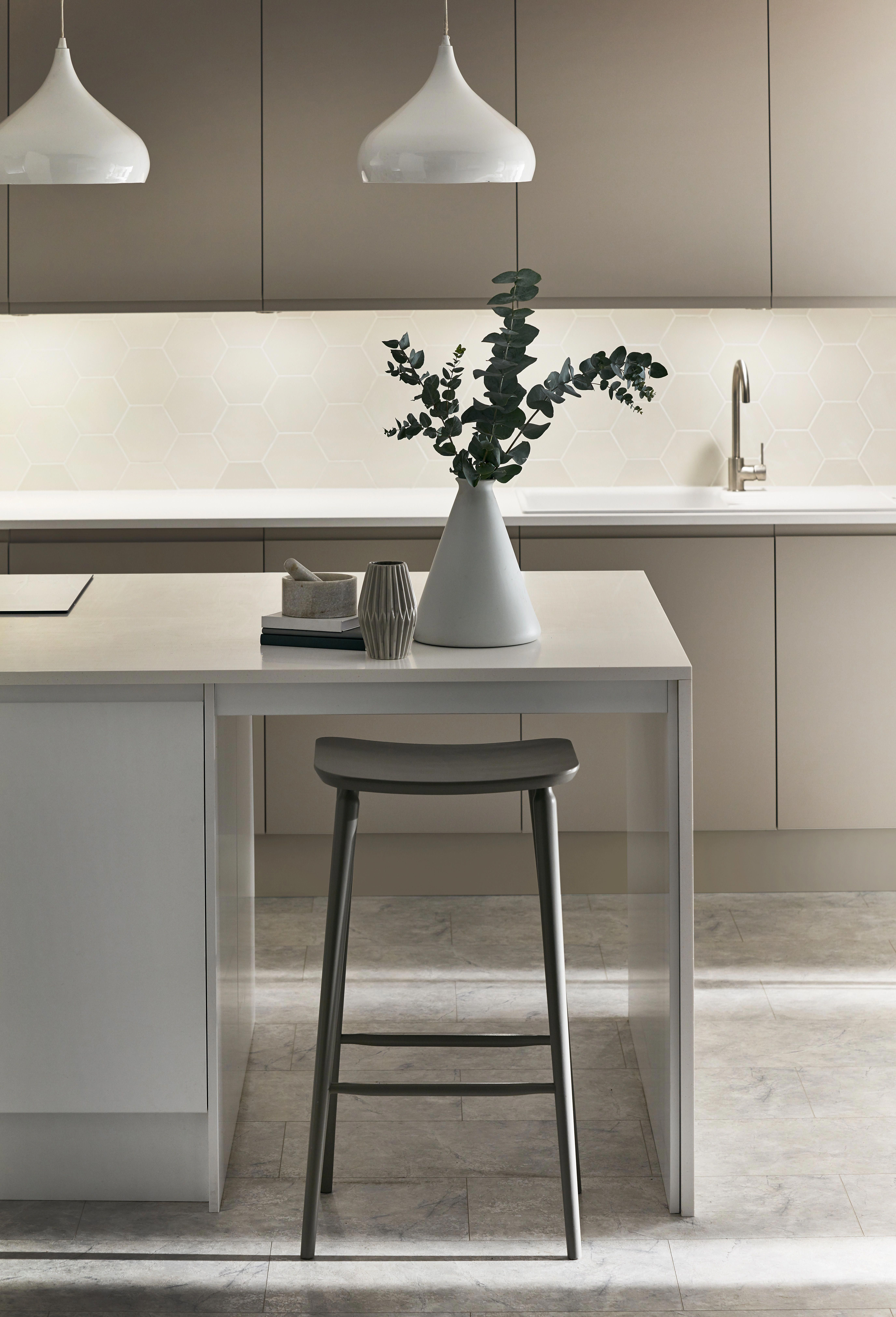 Clean lines and calm, minimalist backdrops epitomise the