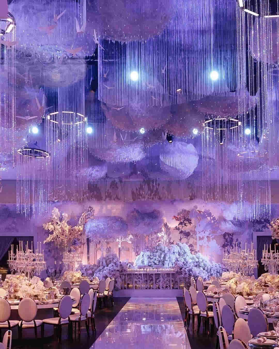80 Vintage And Elegant Wedding Decoration Ideas In Spring Summer Topbes Winter Wonderland Wedding Theme Indoor Wedding Ceremonies Winter Wonderland Wedding