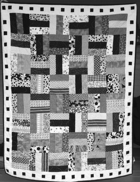 Black And White Lap Quilt Prayer Quilts Quilts Lap