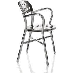 Magis Pipe Chair Armlehnstuhl, Gestell, Sitz und Rückenlehne schwarz lackiert MagisMagis #trendybedroom