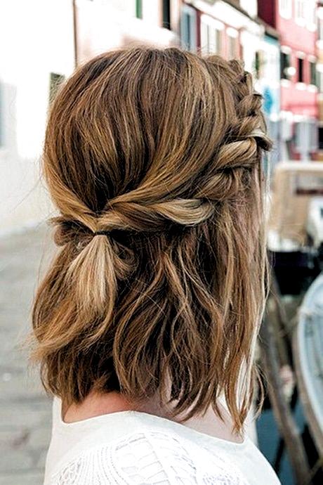 Tolle Frisuren Fur Mittellanges Haar Tolle Frisuren Fur Mittellanges Haar Tolle Frisur In 2020 Einzigartige Frisuren Mittellange Haare Frisuren Einfach Haare Stylen