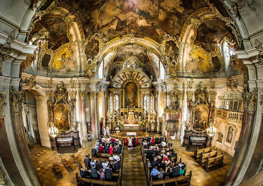 Real Wedding | Käppele Chapel, Würzburg | Germany Wedding Photography Johannes Fenn