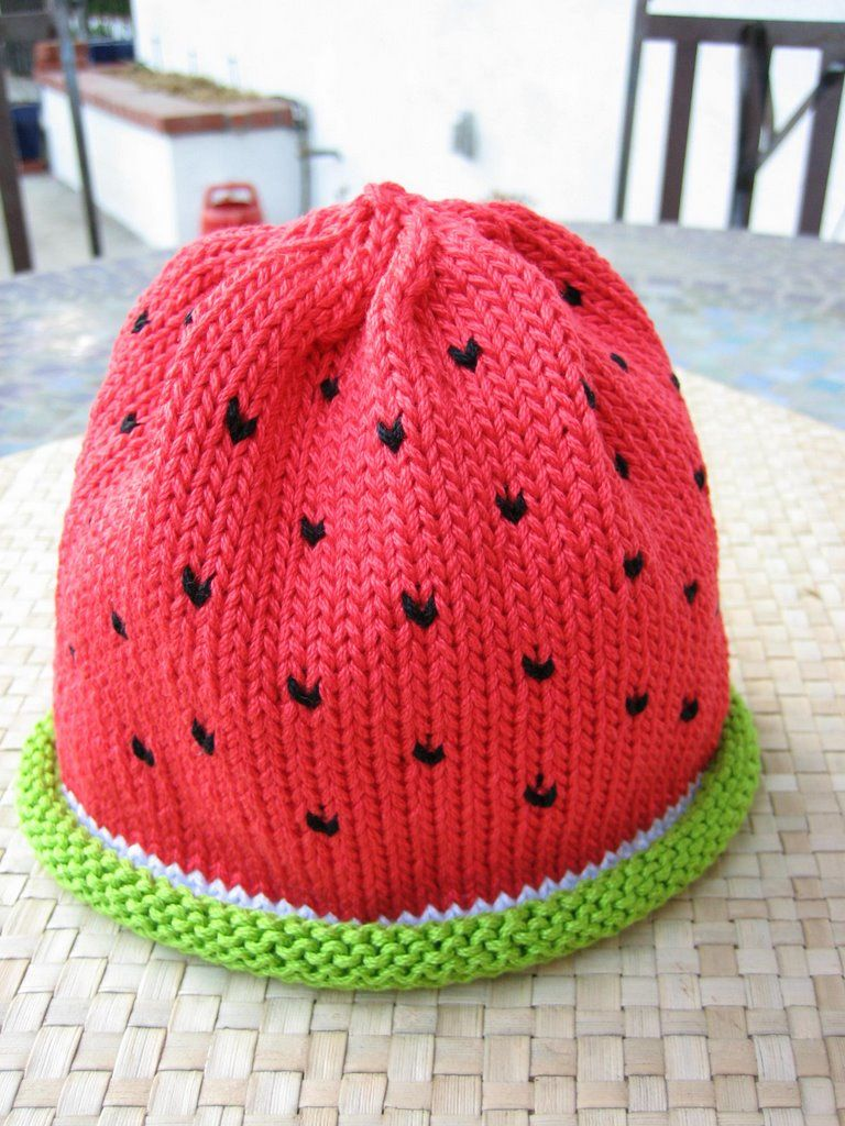 cute idea for a baby girl\'s hat! | Crafts and DIY | Pinterest ...
