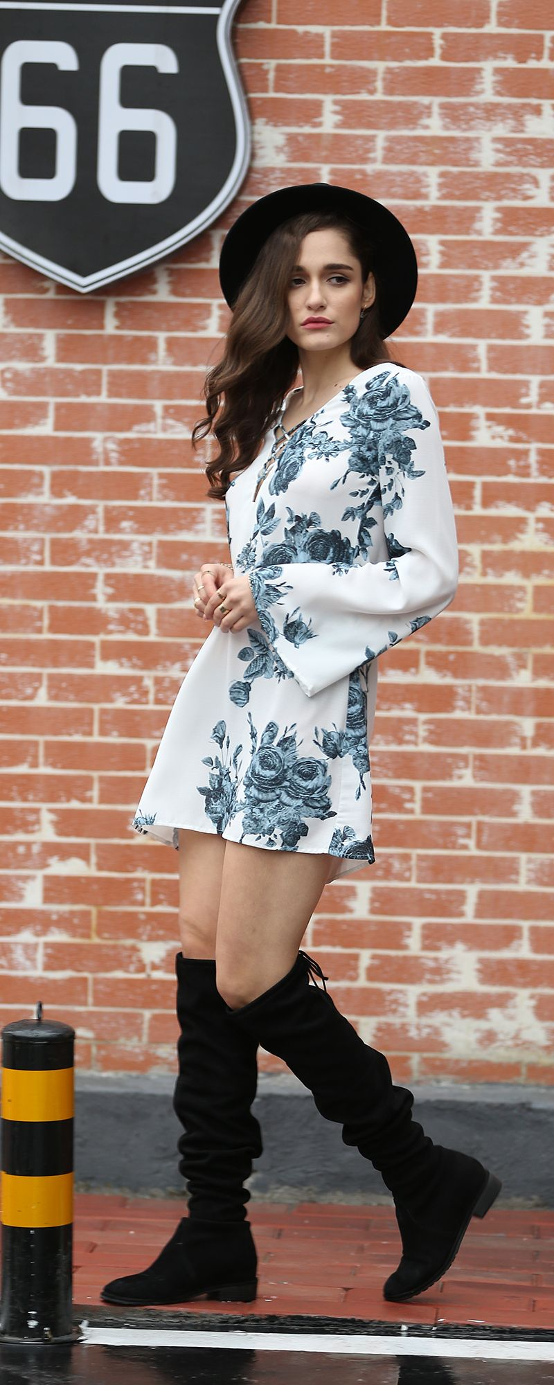 Multicolour Long Sleeve V Neck Floral Dress, so cute. Great for a casual summer and spring day, a beach house party. US$18.99