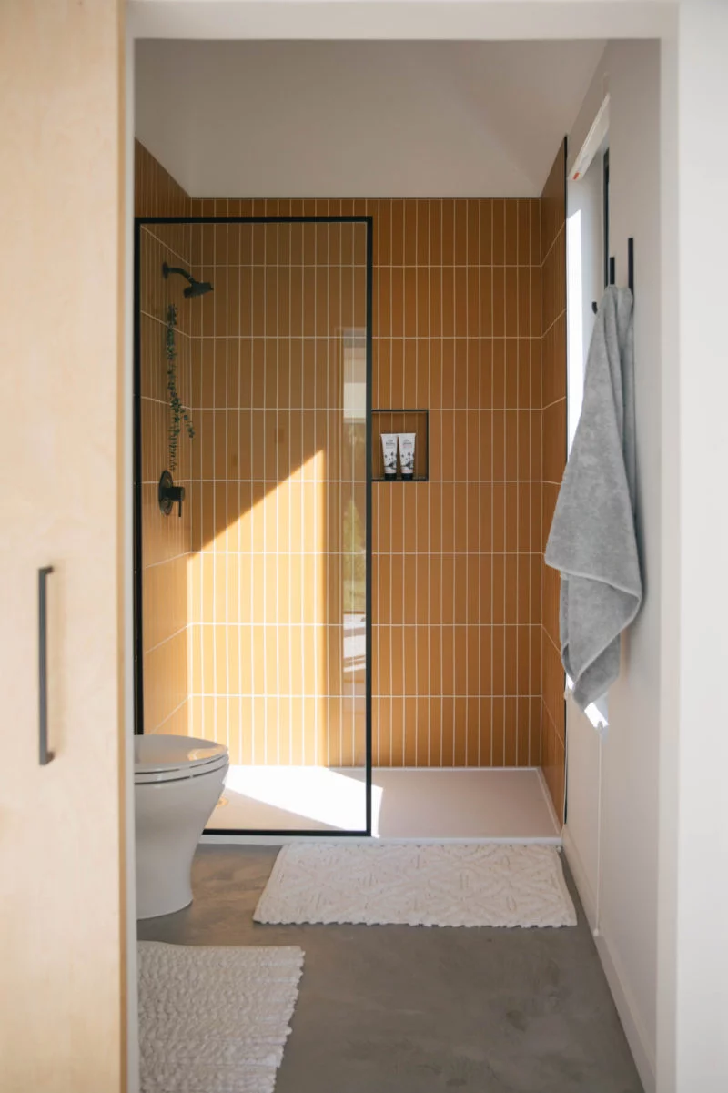 The Nooq: Falcon Glass Tile Bathroom  | Fireclay Tile #bathingbeauties