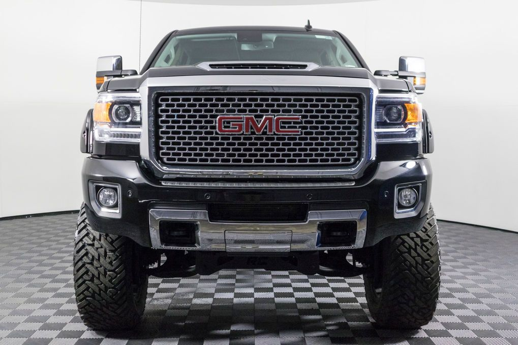 Used Lifted 2017 Gmc Sierra 3500 Hd Denali 4x4 Diesel Truck For Sale 51067 Trucks Diesel Trucks For Sale Lifted Trucks