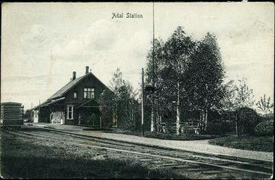 Vestfold fylke Adal jernbanestasjon nedlagt stasjon på Vestfoldbanen utg P.Alstrup