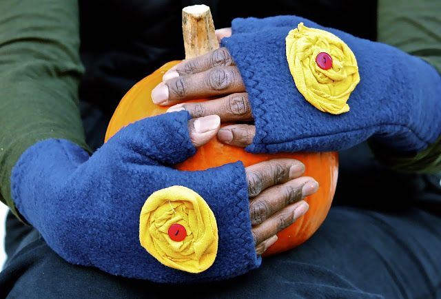 Fingerlose Handschuhe nähen | Nähen - Loops, Mützen & Co ...