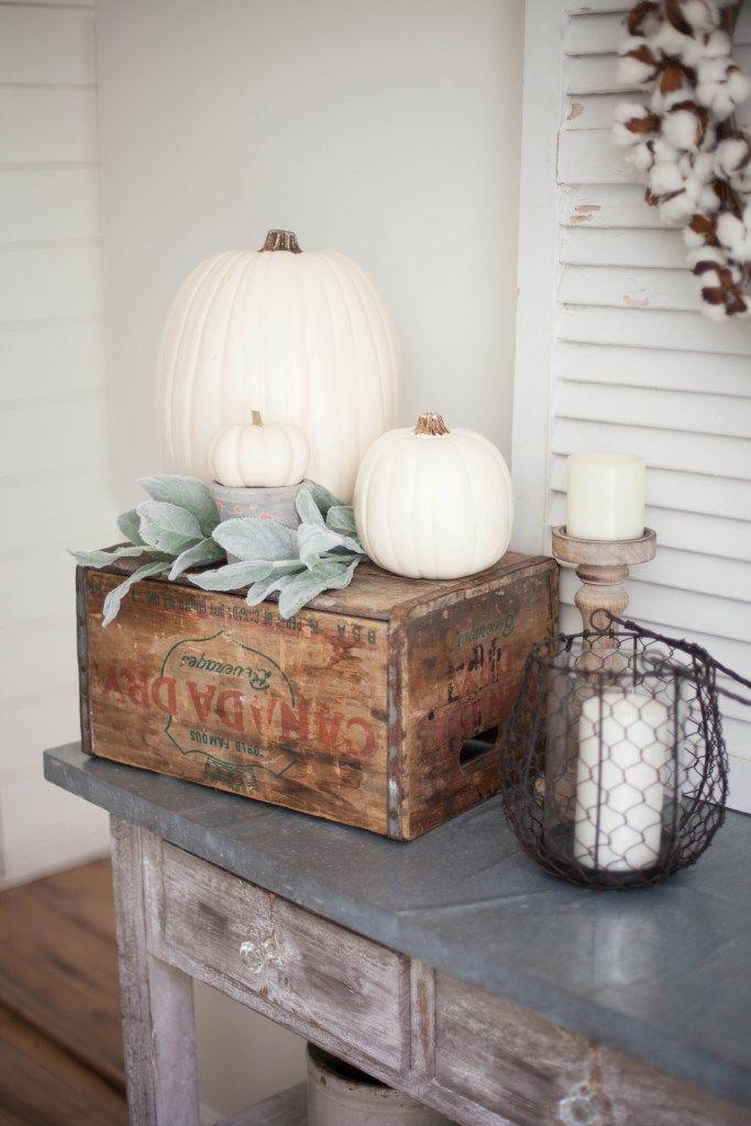 Home // Fall Farmhouse Dining Room - Lauren McBride