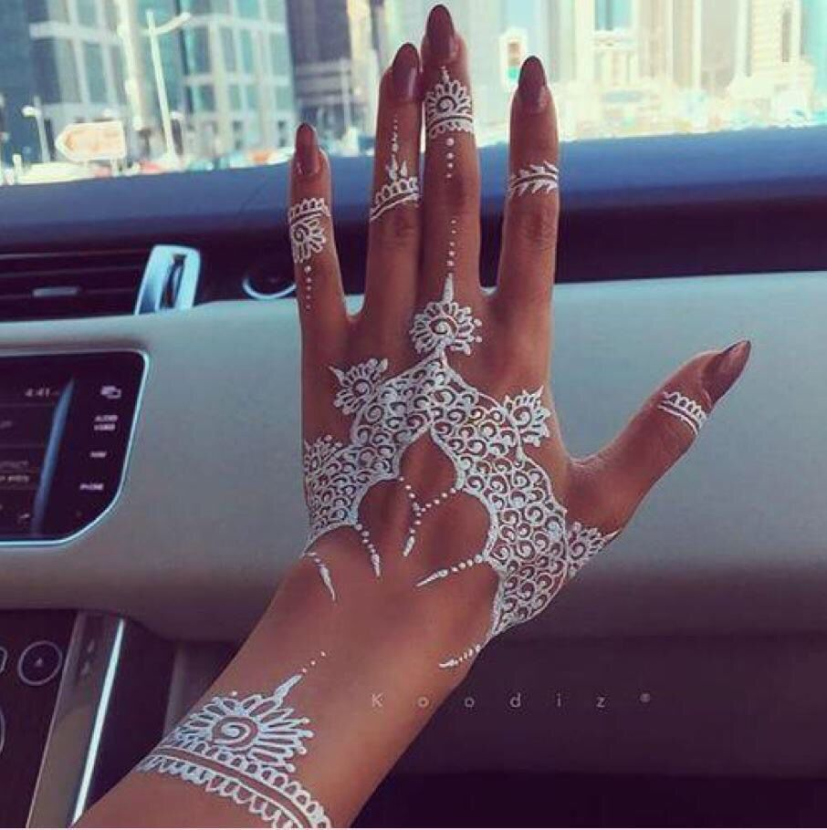 White Henna 헤나 문신 네일아트