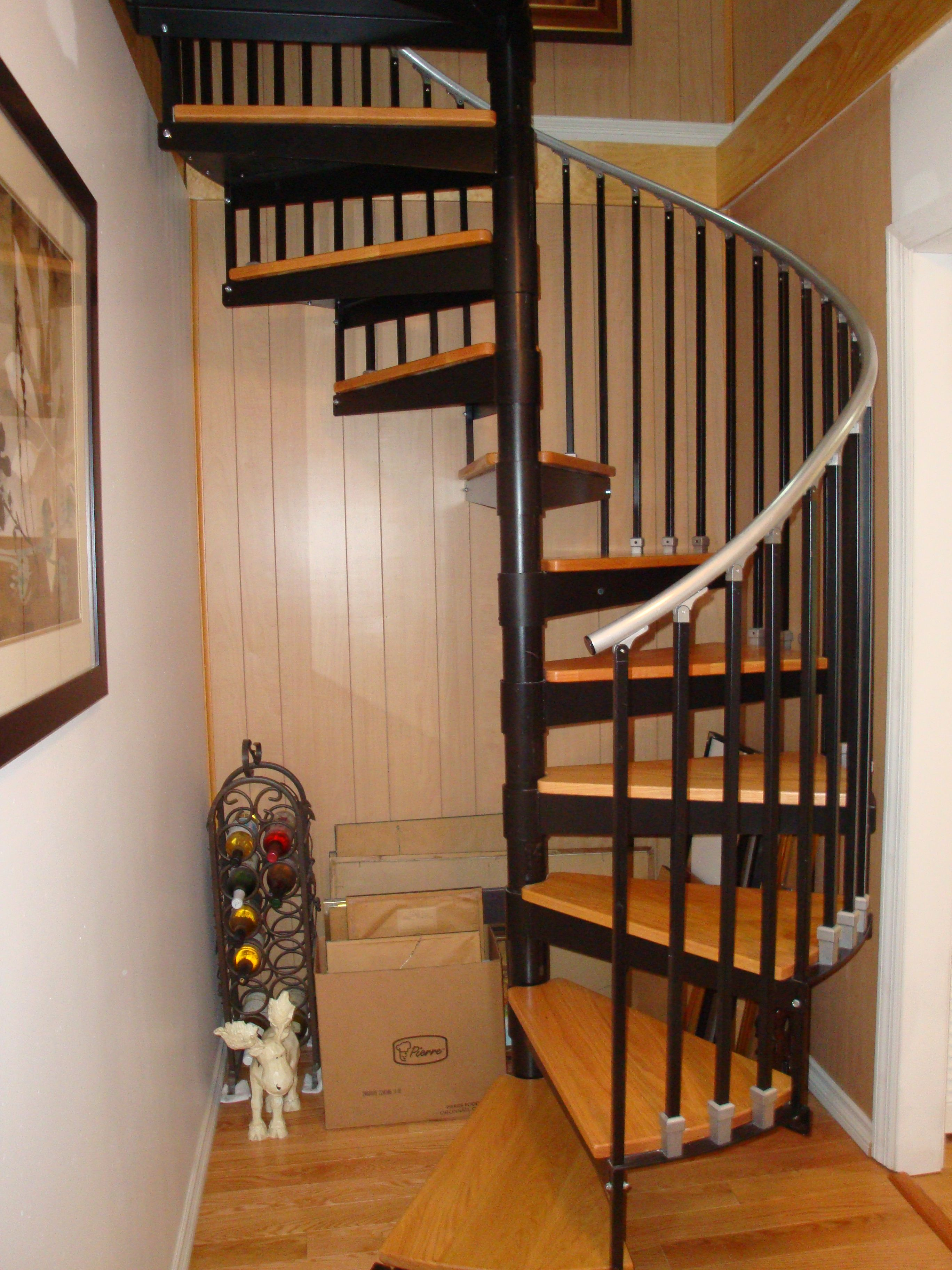 Best Spiral Stairs For Tight Spaces Credits Fusariworks Www 400 x 300