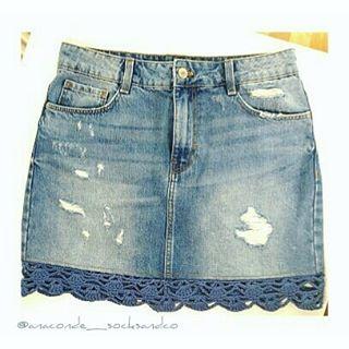 0c224028c Puntilla de #ganchillo o cómo alargar una #minifalda. #crochetlove #diy  #summercrochet Feliz semana