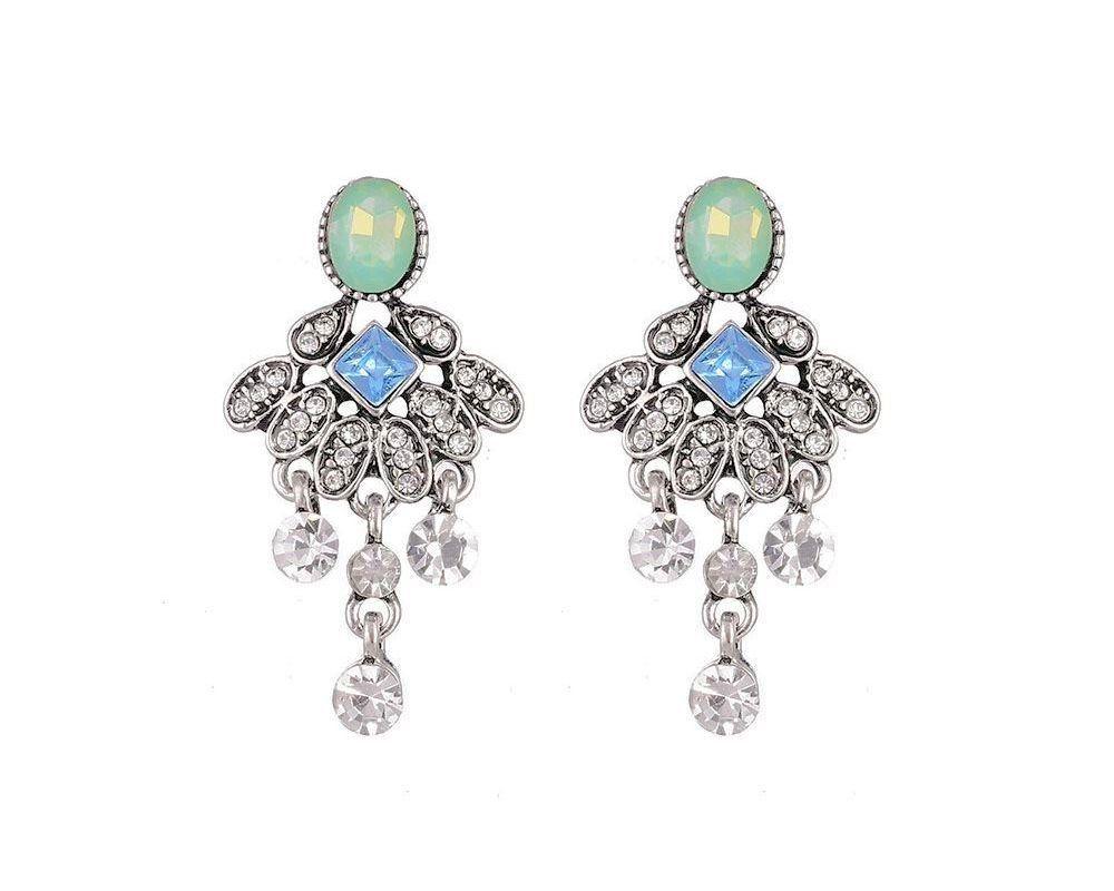 Vintage look earrings