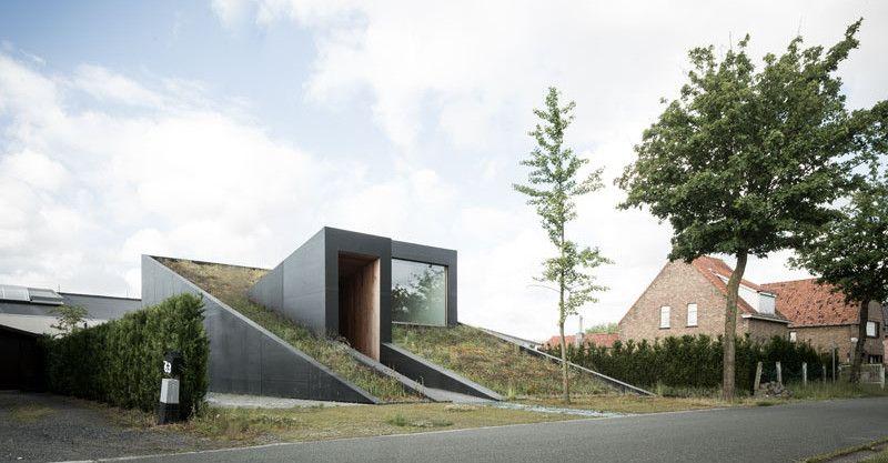 Dit moderne huis in belgië is gemaakt van rubber architectuur