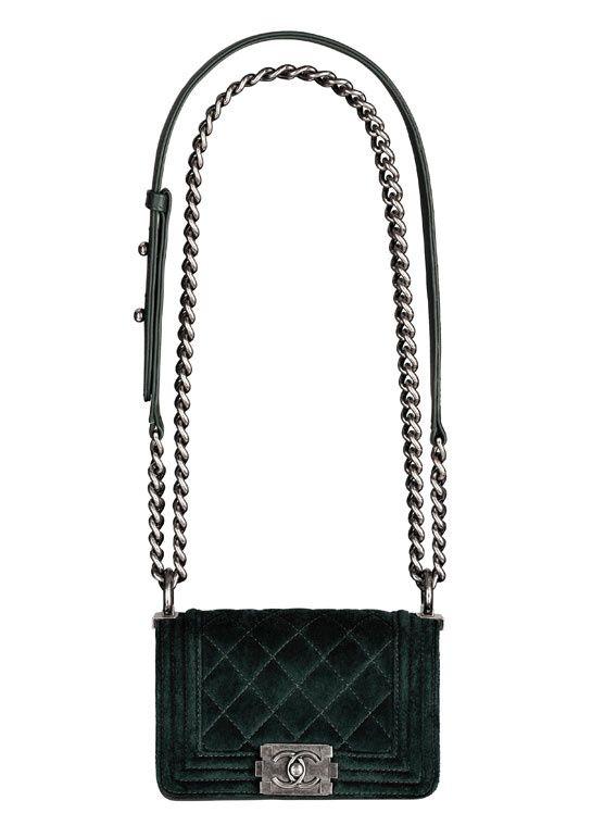 efe6f55a788e Chanel Dark Green Velvet Boy Bag   Bags   Chanel, Bolsas