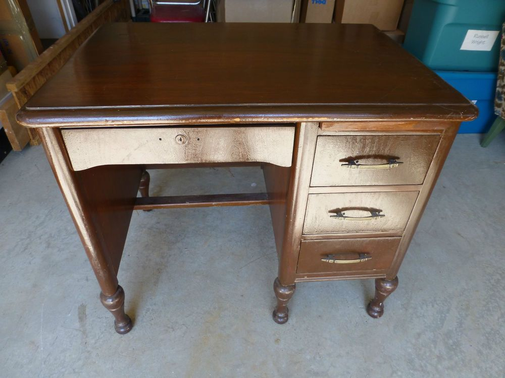 Vintage Solid Wood Antique Desk Imperial Desks Evansville In Small Brown Heavy Antique Imperialdeskcoinevansvilleindiana Antique Desk Desk Solid Wood