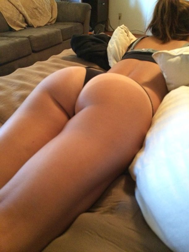 ass on bed Hot