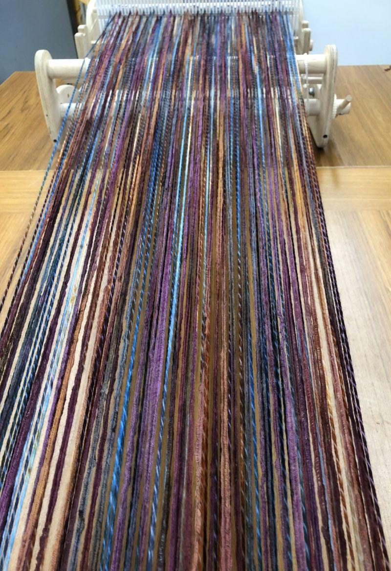 Barry S Jubilee Weave Along Warping The Skwoosh Scarf Weaving Patterns Weaving Loom Diy Weaving Scarfs
