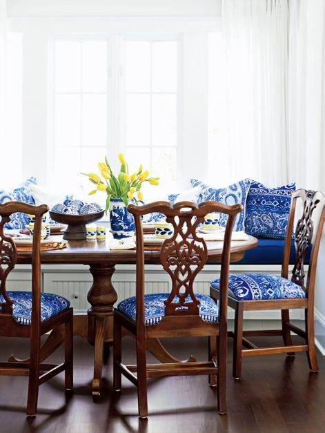 Awesome Blue And White Decor Country Style Decorating With Blue Pabps2019 Chair Design Images Pabps2019Com