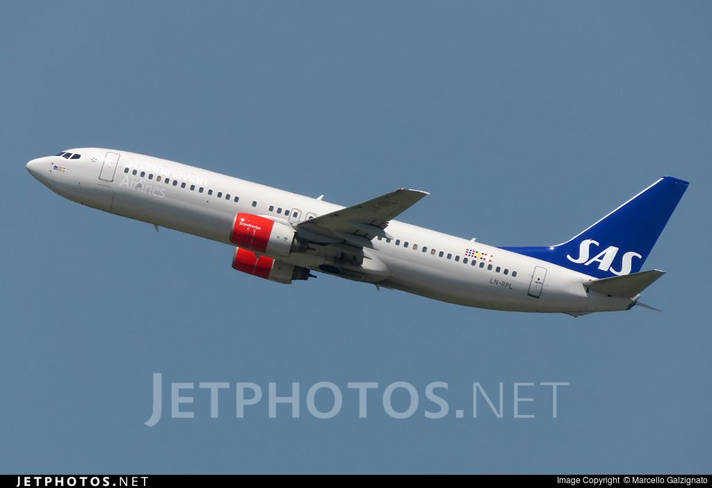 Photo Ln Rpl Cn 30469 Scandinavian Airlines Sas Boeing 737 883 By Marcello Galzignato Boeing Sas Airlines Boeing 737