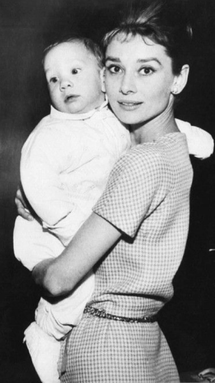 Audrey and Sean ,1961-De In Love With Audrey Hepburn | Audrey ...