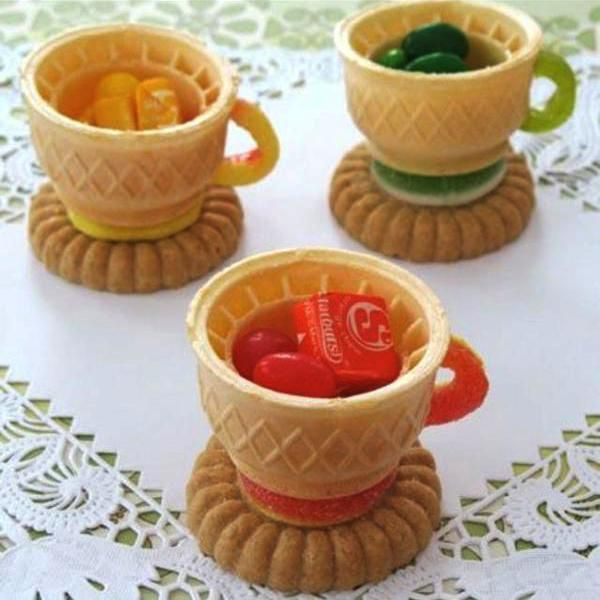 Edible Cups Sweet Treats And Edible Decorations For Hot Drinks Edible Tea Cups Tea Party Birthday Mad Hatter Tea Party