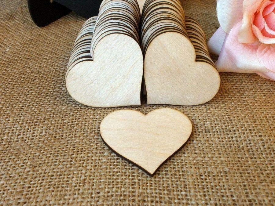 50 Wooden Hearts Natural Wood Heart Shaped Gift Tag Wedding Decoration Bridal Shower Escort Card Pl Hochzeit Anstecker Hochzeit Namensschilder Hochzeit