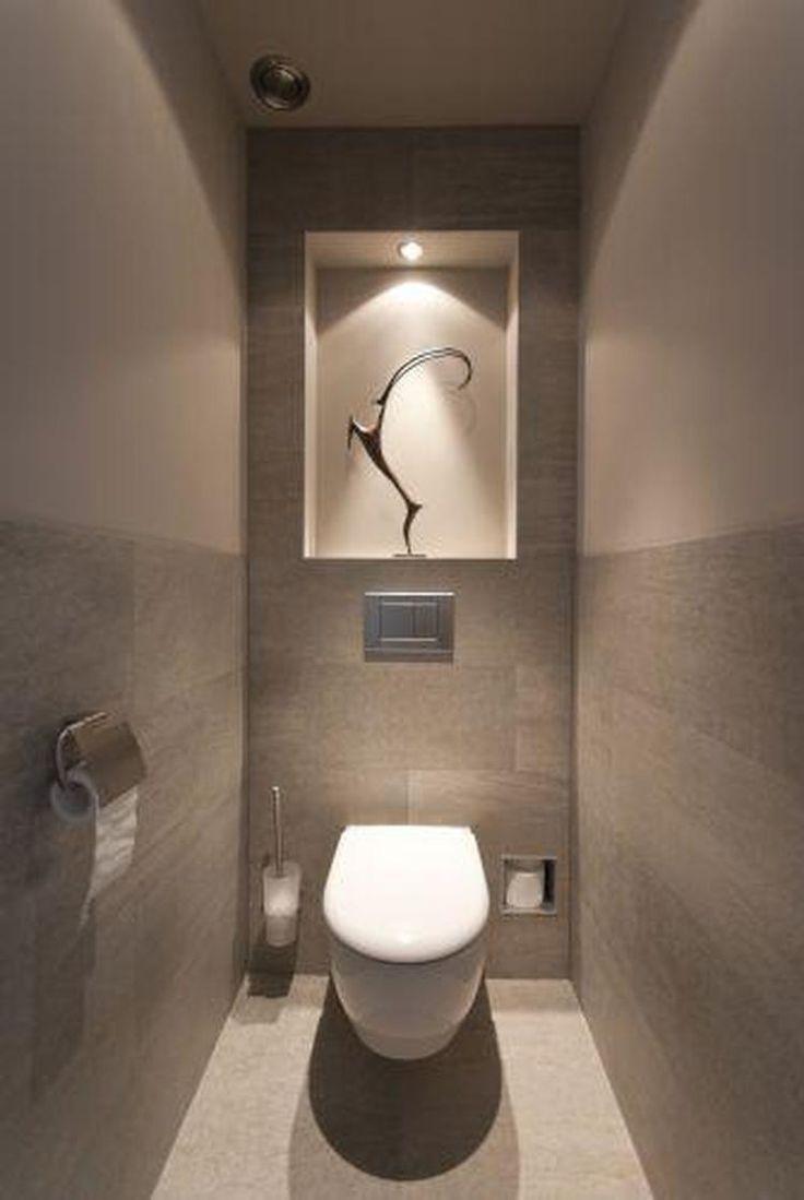 Nische Mit Beleuchtung Und Platz Fur Reserve Toilettenpapier Badezimmer Kleine Toilette Toiletten