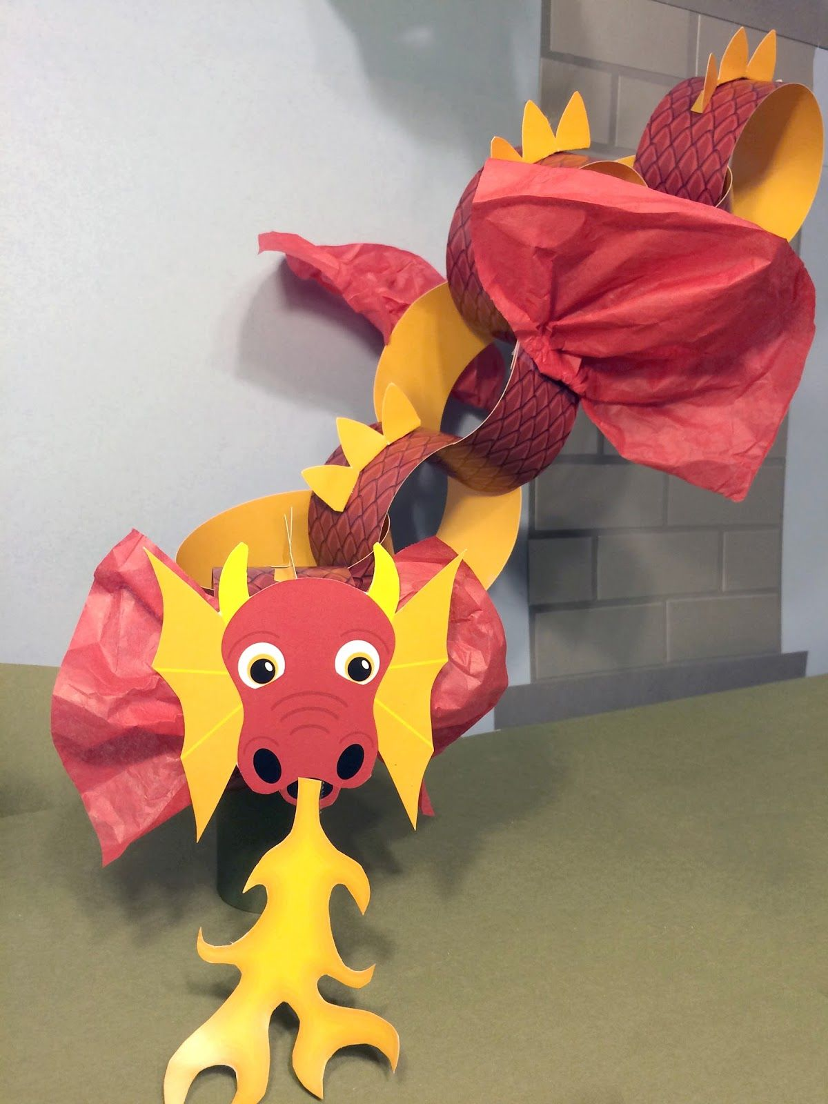 This Fun Easy D I Y Dragon Craft For Kids Or Dragon Enthusiasts
